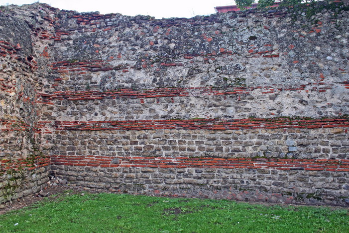 Friends of Colchester Roman Wall » Creating a heritage walk around the wall